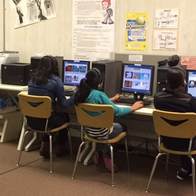 EL students learn English using Rosetta Stone.